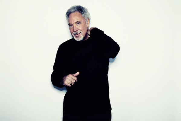 TOM JONES TO PERFORM AT HULL COLLEGE CRAVEN PARK
